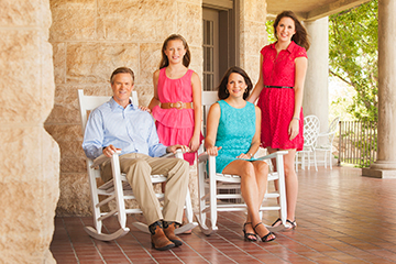 Rep. Hilderbran with his wife, Tracy, and two daughters